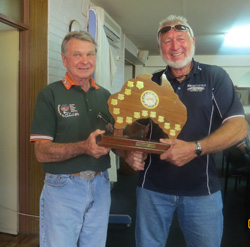 2014 0208 George presents Ron with TEC award