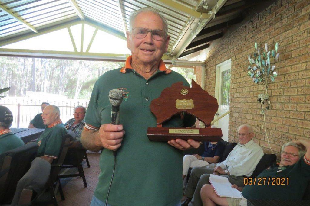 TEC Replica Award for 2019 presented to Ross Smith.